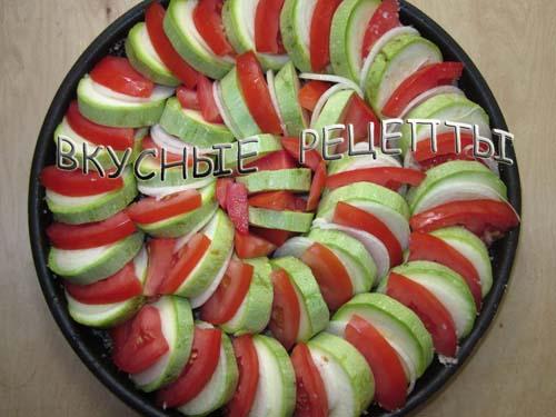 Кабачки с помидорами в духовке3